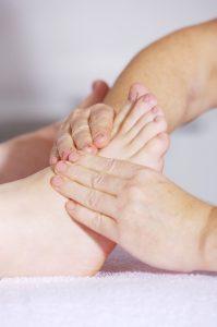 massage de la cheville